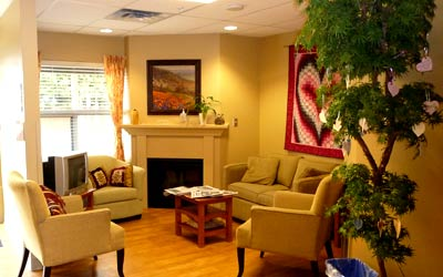 Living room at McKenney Creek Hospice